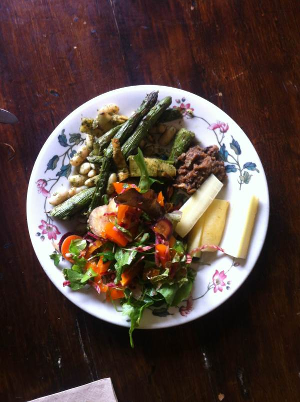 """""""Bumper Crop"""" at Harvest Noon featuring white beans with asparagus, parsnip and pesto, Dig In! salad greens, and carrots with baba ganoush."""